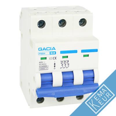 3 polig D 10kA en 15kA installatieautomaten Gacia
